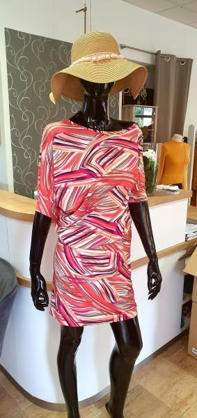 Fotografie Asymetrické šaty vzorované